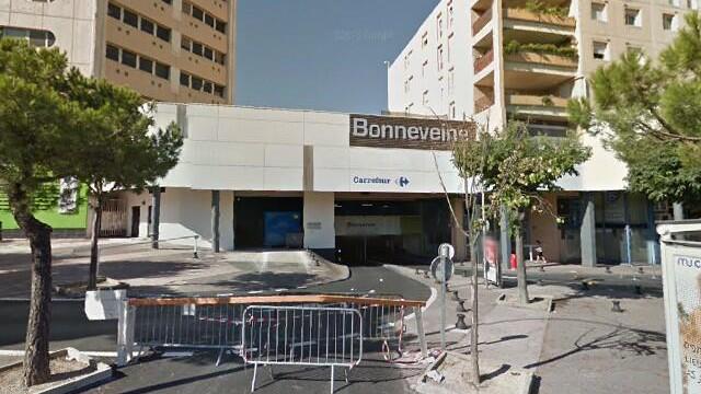 Marseille - Carrefour Essence Bonneveine